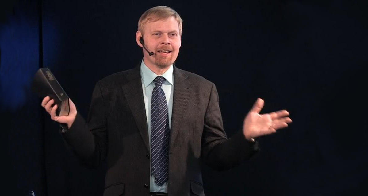 Pastor církve, Martin Janda